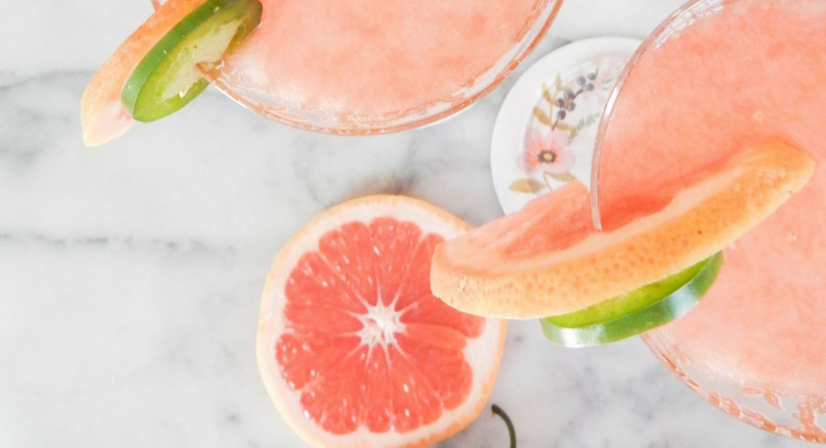 Summer-Cocktails-Recipes-for-the-Perfect-Summer-Drink-discover-feature.jpg