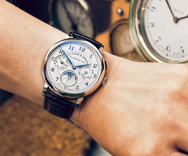 A.-Lange-1815-Annual-Calendar-among-other-classic-stars-at-Concours-of-Elegance-at-Hampton-Court-Palace-2.jpg