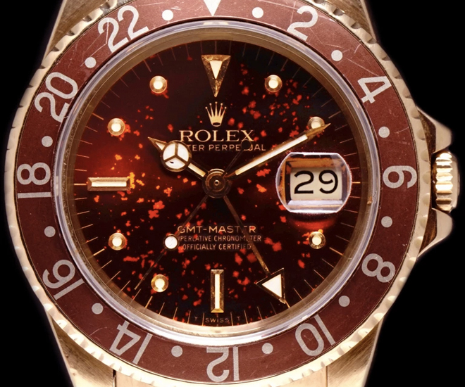 Vintage-Rolex-Rootbeer-GMT-Master-22Lava22-dial-patina-from-1981-is-crazy-gorgeous-8b.jpg